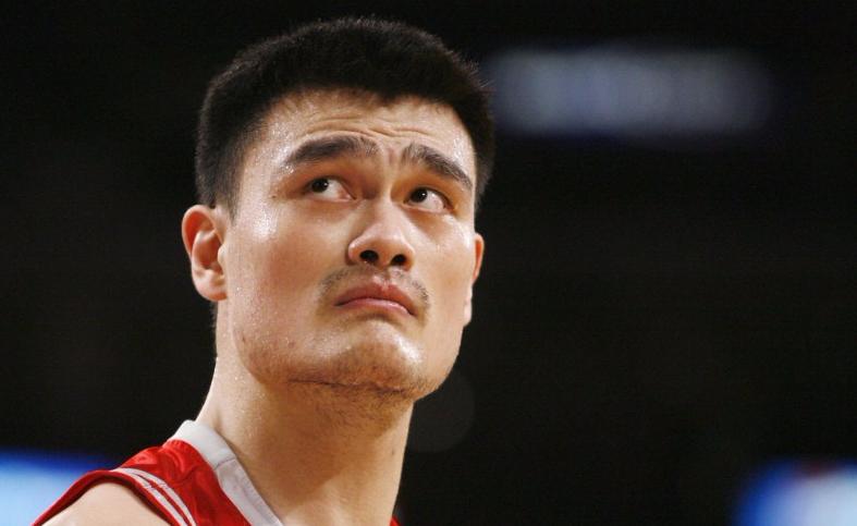 Yao-Ming.-L-adieu-du-geant